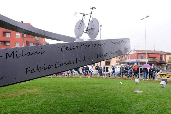 Inaugurazione Monumento alla bici