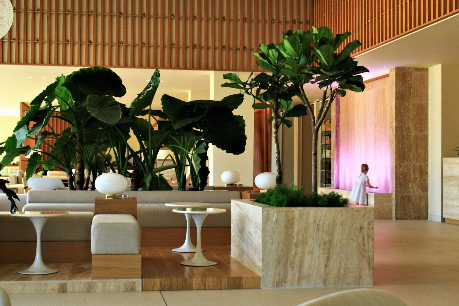 White Lagoon Resort – Interior